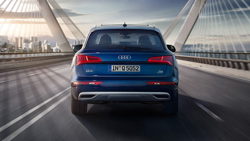 Audi Q5 2020, United Arab Emirates