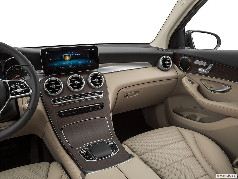 Mercedes-Benz GLC-Class 2020, Oman