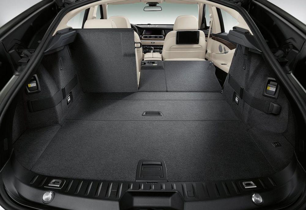 BMW 5 Series Gran Turismo 2020, Bahrain