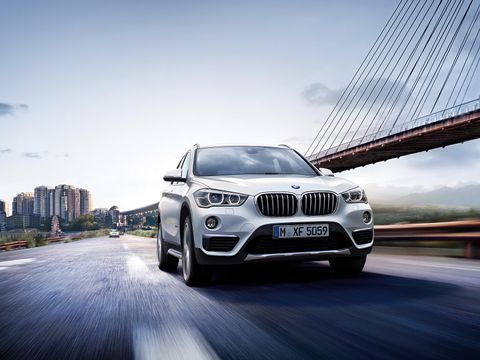 BMW X1 2020 sDrive20i, Saudi Arabia, https://ymimg1.b8cdn.com/resized/car_model/5517/pictures/4817341/mobile_listing_main_x1-wallpaper-1600x1200-08.jpg