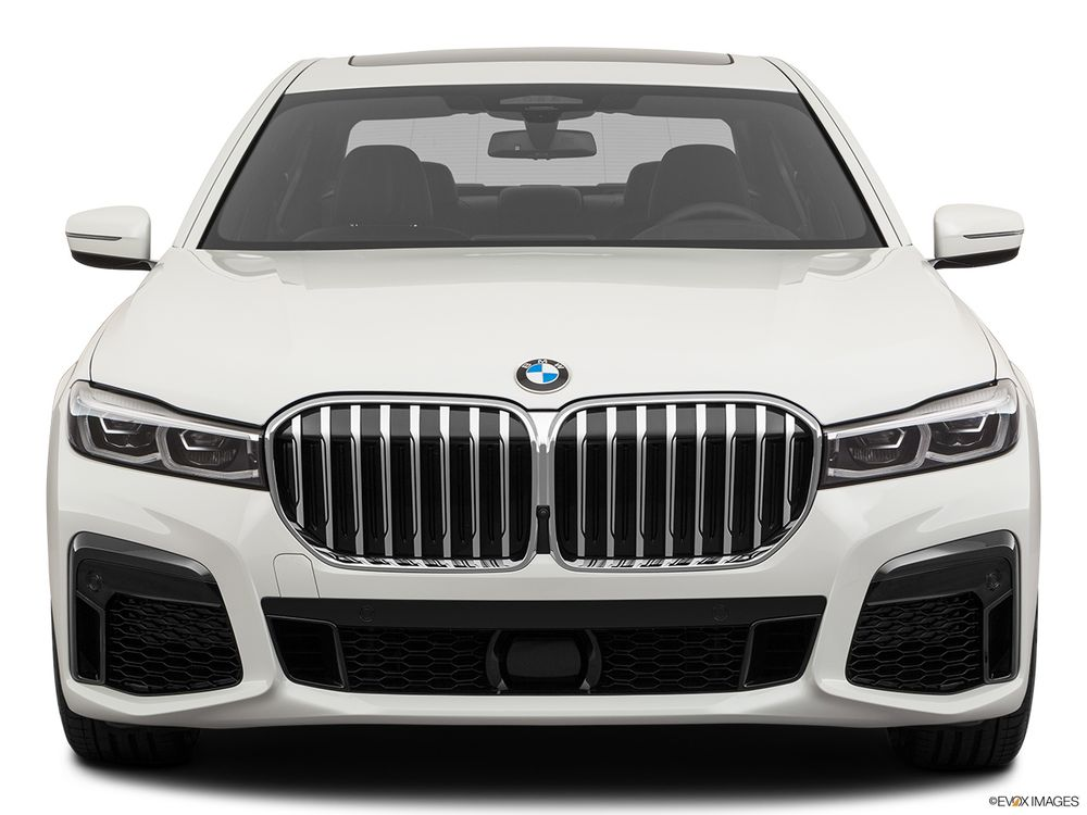 BMW 7 Series 2020, Saudi Arabia