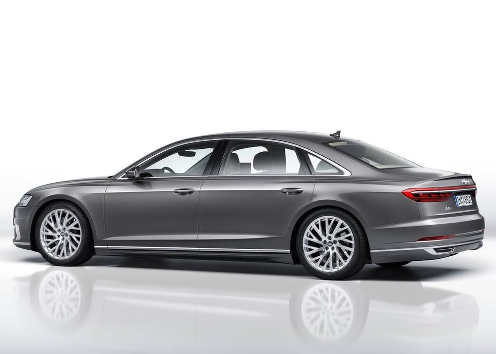 Audi A8 2020, United Arab Emirates