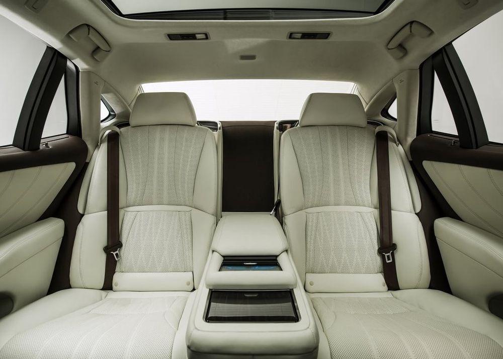 Lexus LS 2020, Bahrain