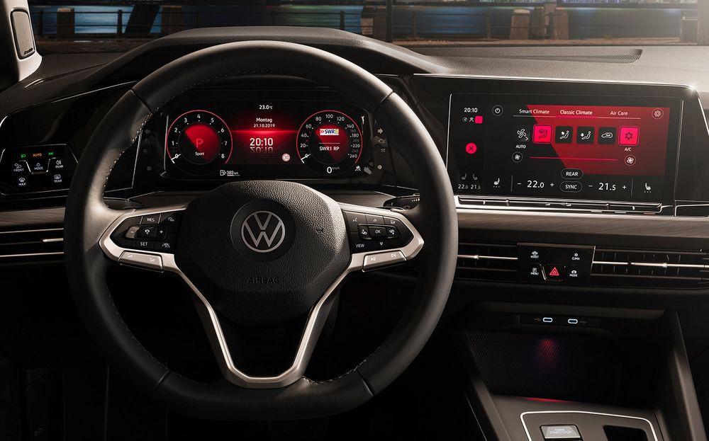 Volkswagen Golf 2020, Oman