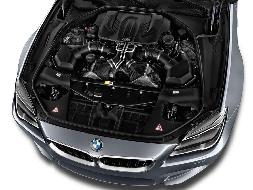 BMW M6 Coupe 2020, Oman