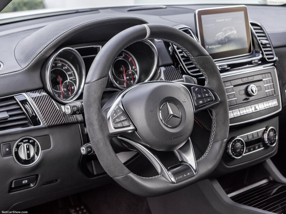 Mercedes-Benz GLE 63 AMG 2020, Oman