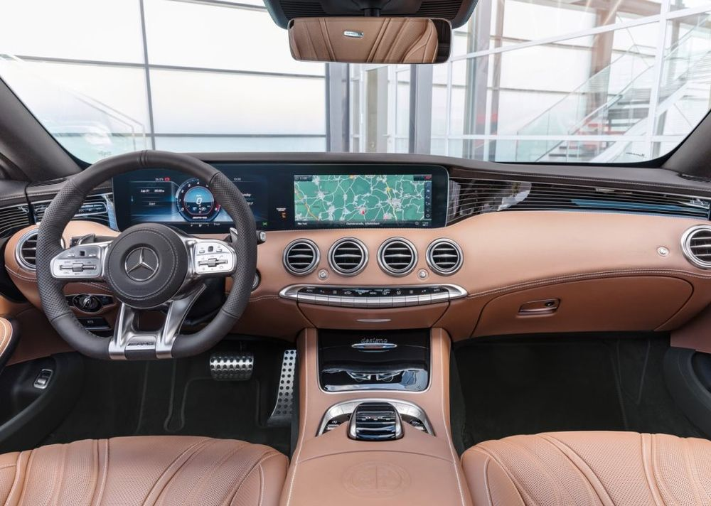Mercedes-Benz S 65 AMG Coupe 2020, Oman