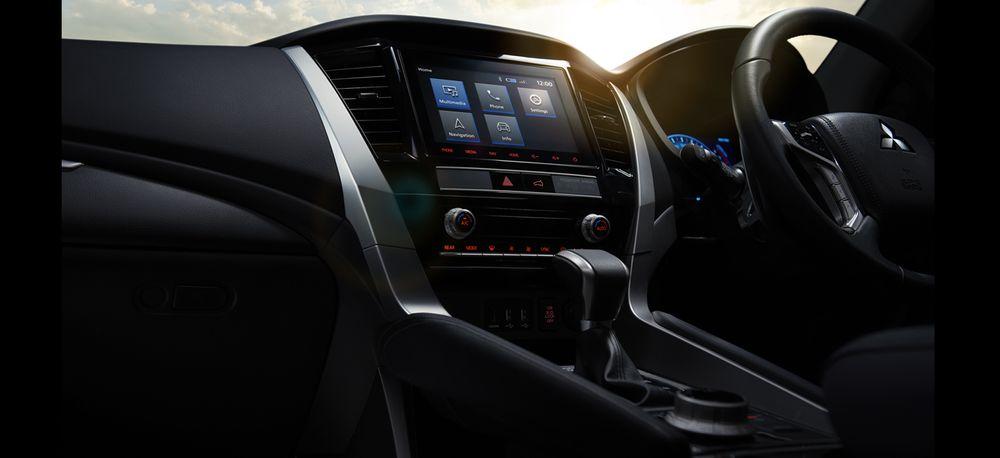 Mitsubishi Montero Sport 2020, United Arab Emirates