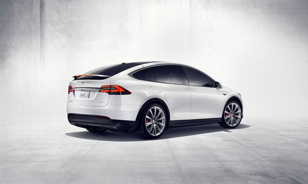 Tesla Model X 2020, United Arab Emirates