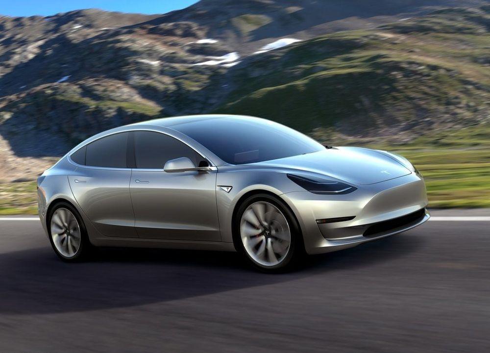 Tesla Model 3 2020, United Arab Emirates