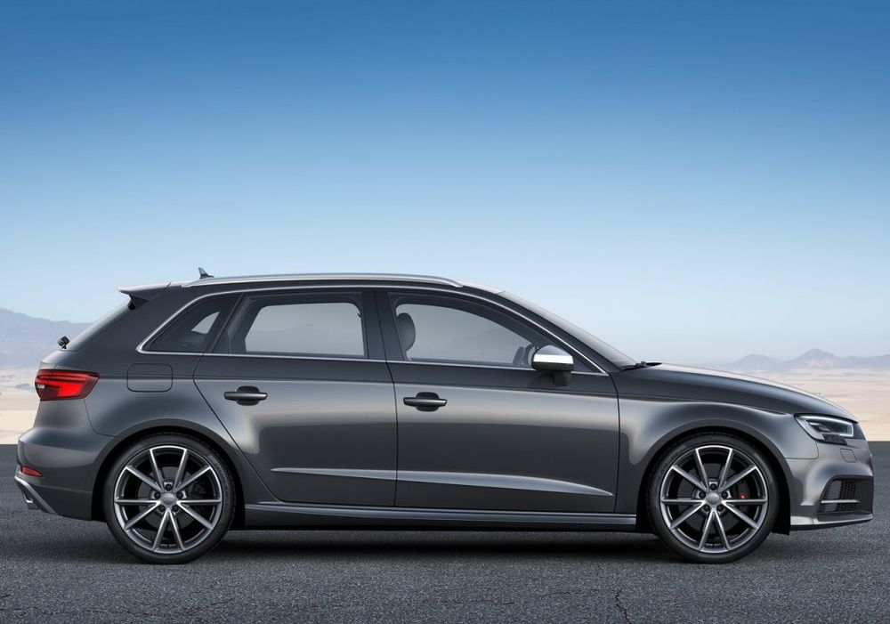 Audi S3 Sportback 2020, Oman