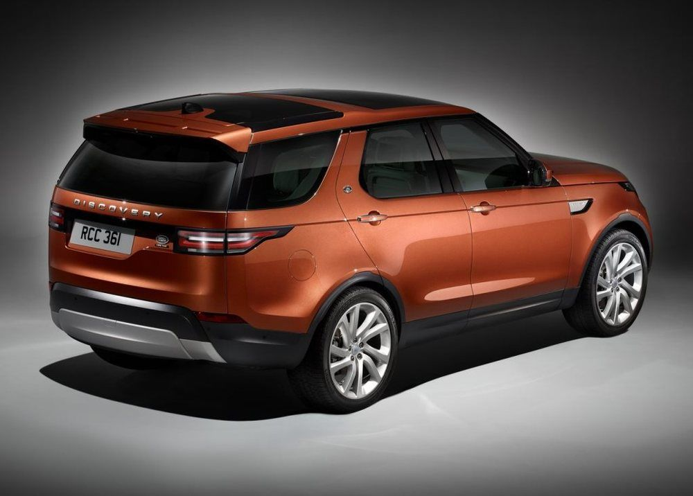Land Rover Discovery 2020, United Arab Emirates