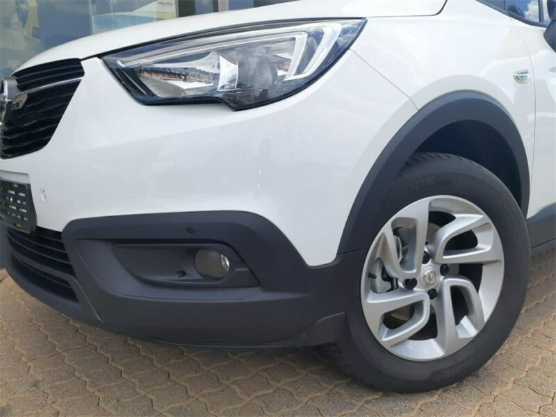 Opel Crossland X 2020, Egypt