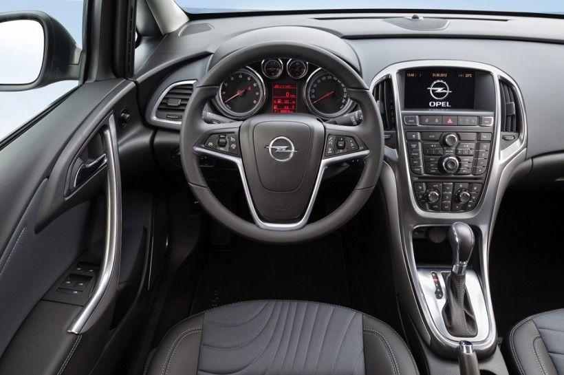 Opel Astra Sedan 2020, Egypt