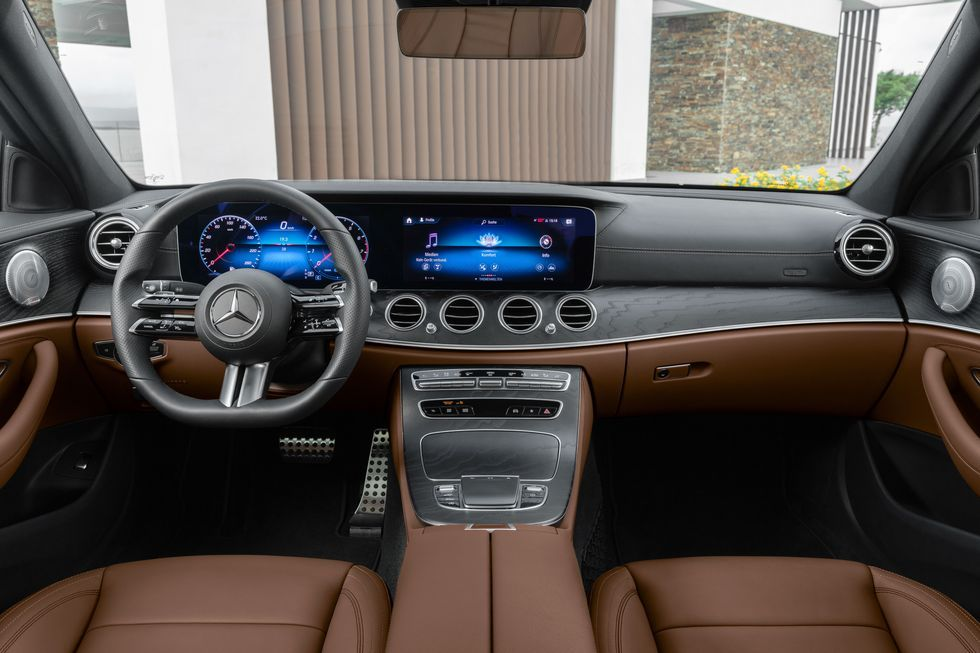 Mercedes-Benz E-Class Saloon 2021, United Arab Emirates