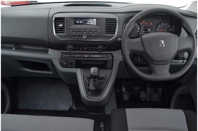 Peugeot Expert 2021, United Arab Emirates