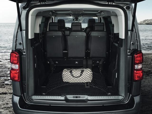 Peugeot Traveller 2021, United Arab Emirates
