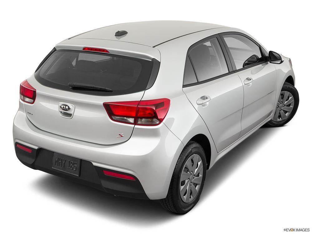 Kia Rio Hatchback 2021, Bahrain