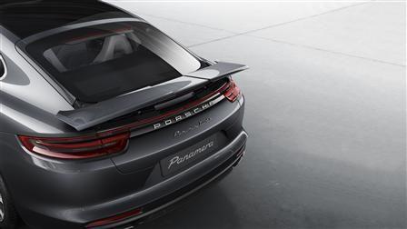 Porsche Panamera 2021, Kuwait