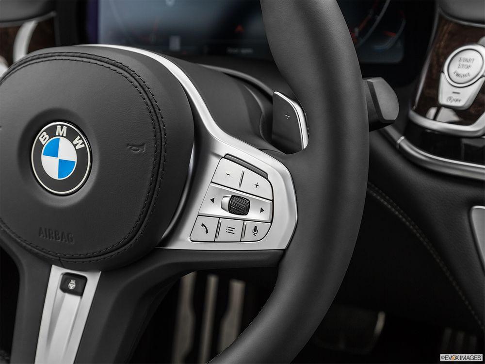 BMW 7 Series 2021, Kuwait