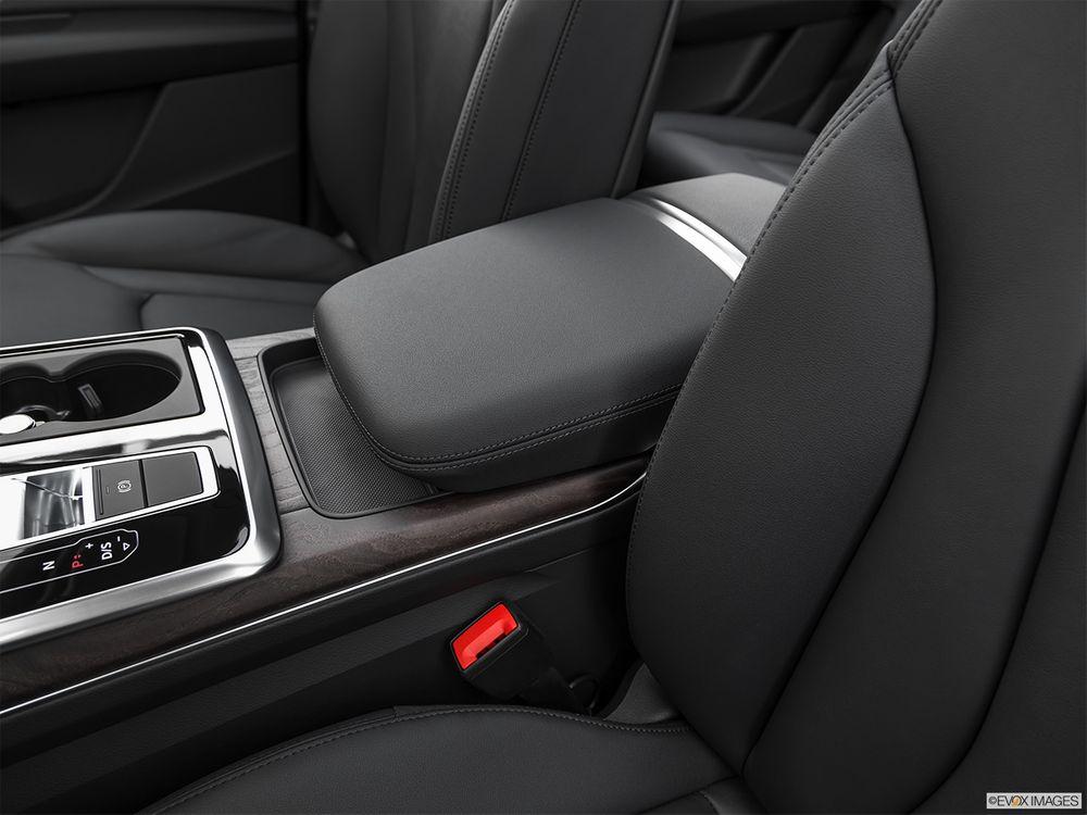Audi Q7 2021, Qatar