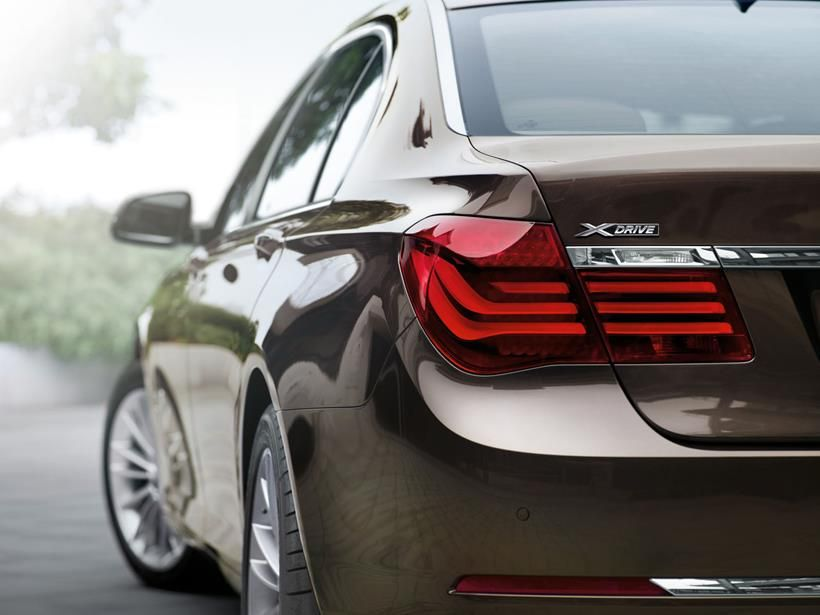 BMW 7 Series 2012, Oman