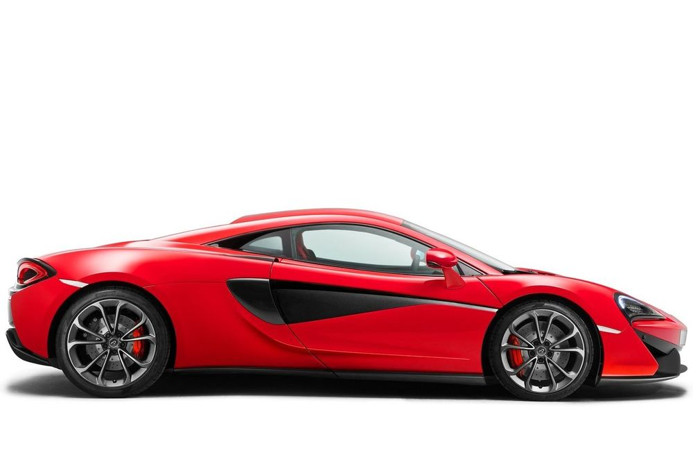 McLaren 540C 2021, Oman