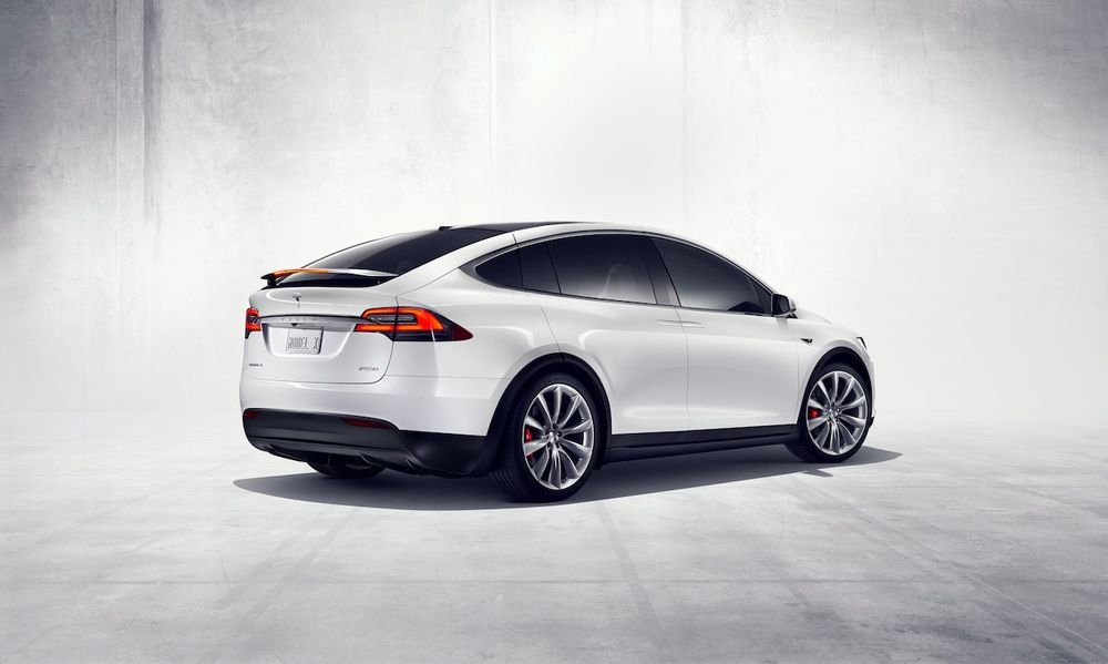 Tesla Model X 2021, United Arab Emirates