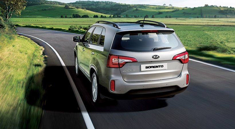 Kia Sorento 2013, United Arab Emirates