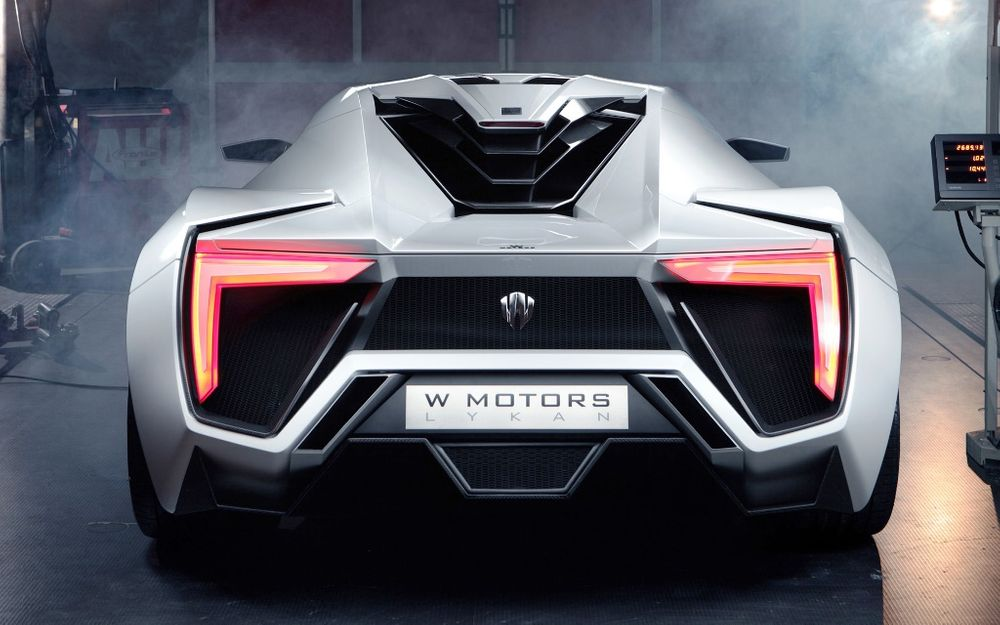 W Motors Lykan HyperSport 2021, United Arab Emirates