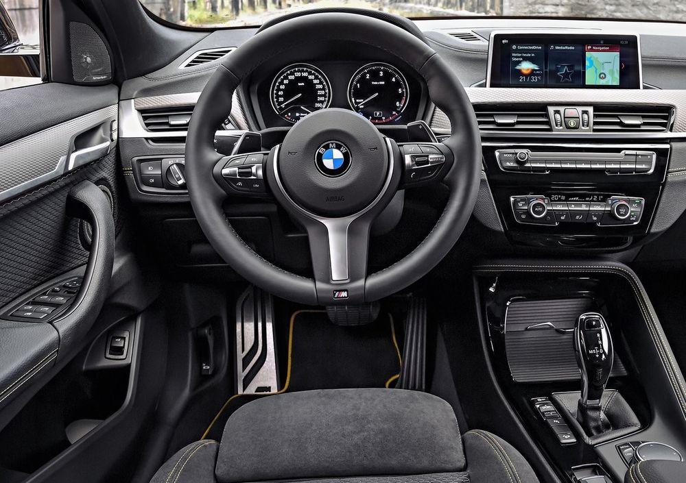 BMW X2 2021, United Arab Emirates