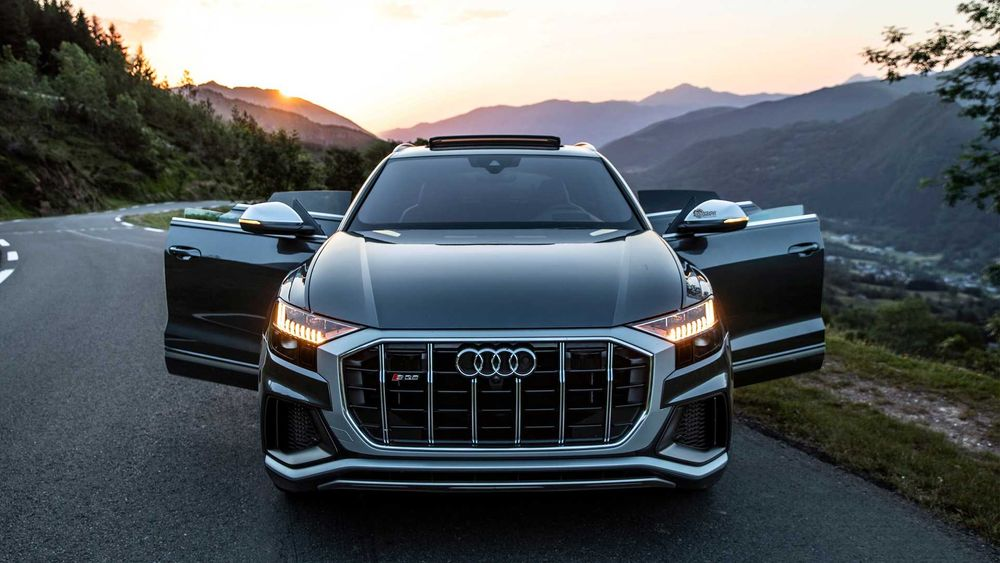 Audi SQ8 2021, Saudi Arabia