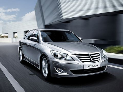Hyundai Genesis 2013, United Arab Emirates