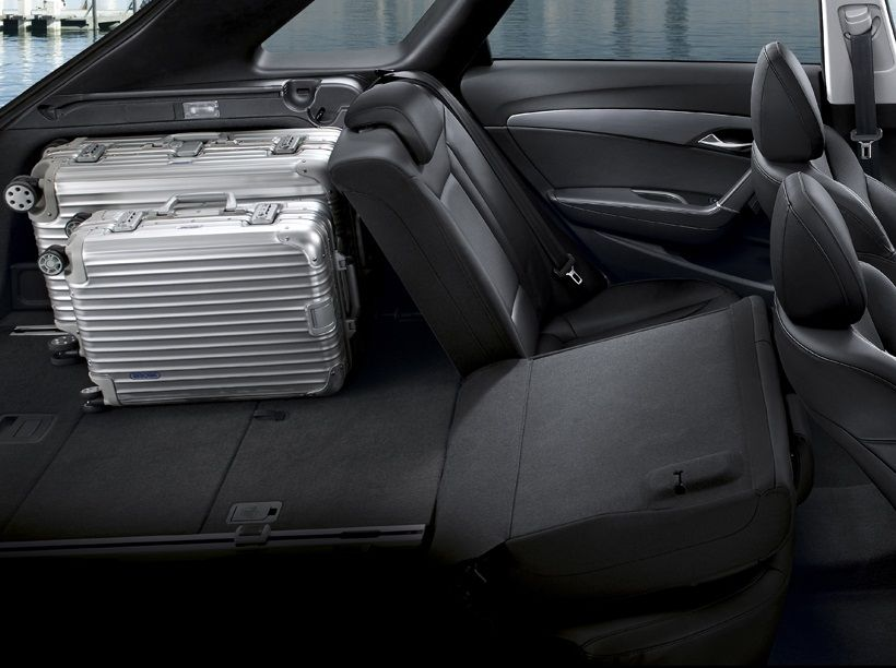 Hyundai i40 2013, Oman