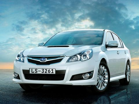 Subaru Legacy Price In Uae New Subaru Legacy Photos And Specs Yallamotor