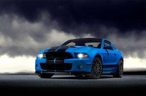 فورد موستانج شيلبي كوبرا GT500 2013 5.8L , الإمارات, https://ymimg1.b8cdn.com/resized/car_model/831/pictures/3352/mobile_listing_main_2013_Ford_Mustang_Shelby_Cobra_GT500_Front_View.jpg