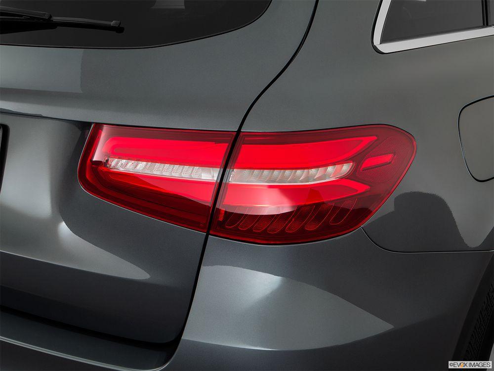 Mercedes-Benz GLC-Class 2018, Qatar