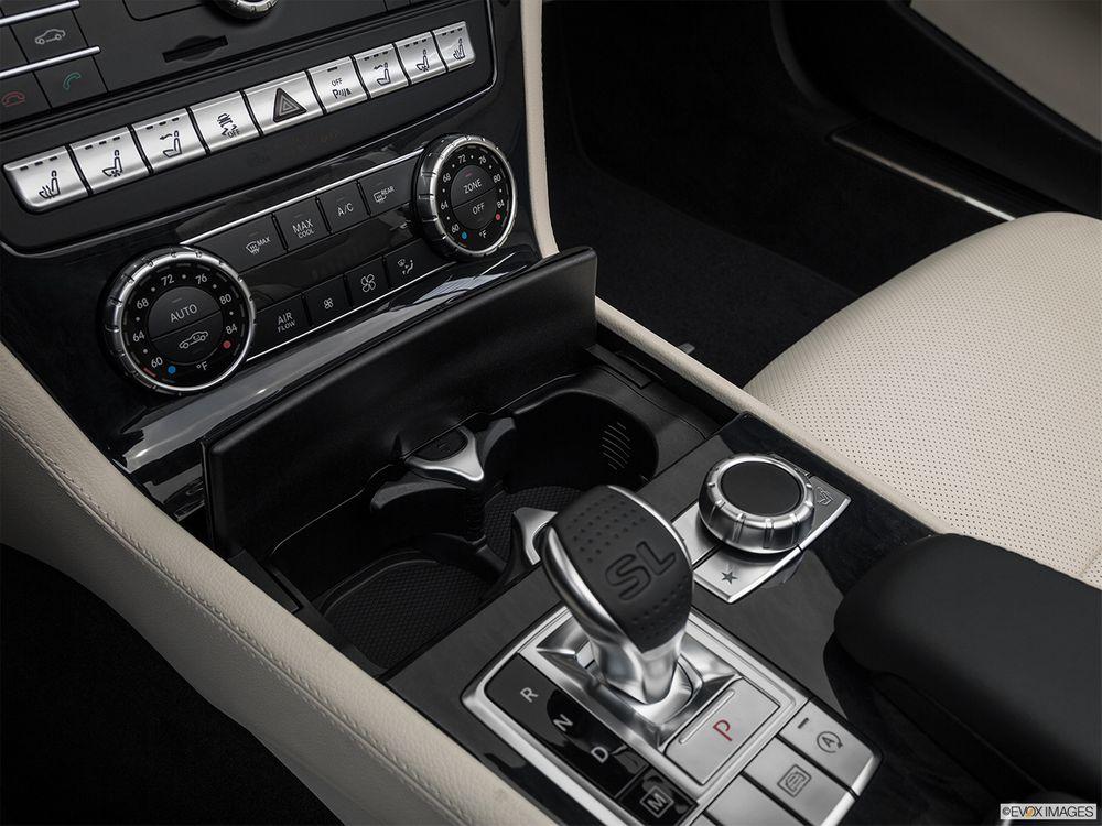 Mercedes-Benz SL-Class 2018, Qatar