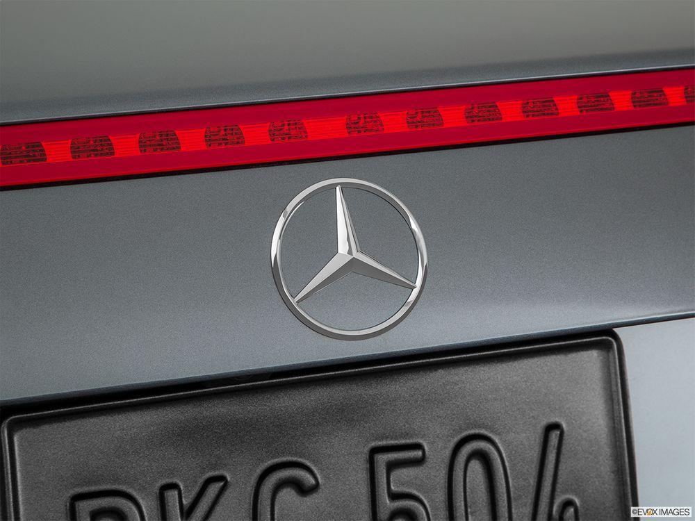 Mercedes-Benz SL-Class 2018, Oman