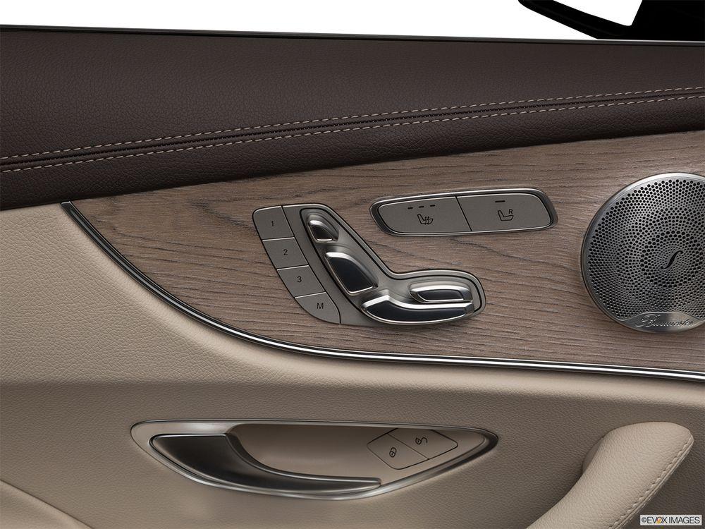 Mercedes-Benz E-Class Coupe 2018, Qatar