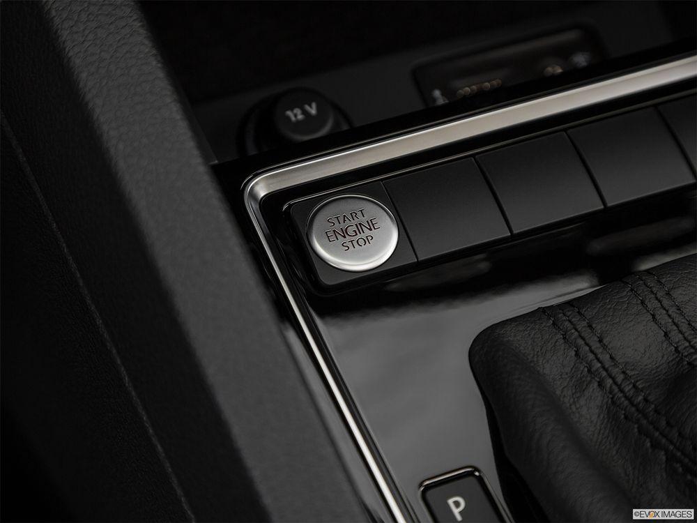 Volkswagen Jetta 2018, United Arab Emirates