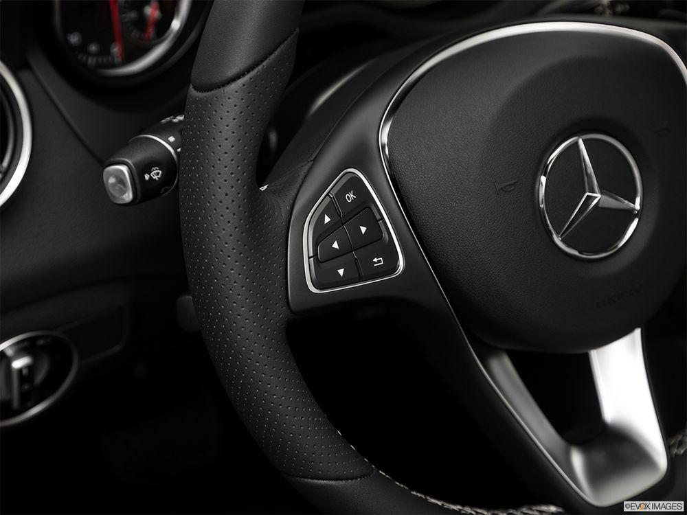 Mercedes-Benz GLA 2018, Qatar