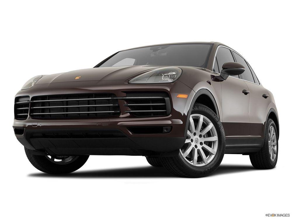 Porsche Cayenne 2019, Oman