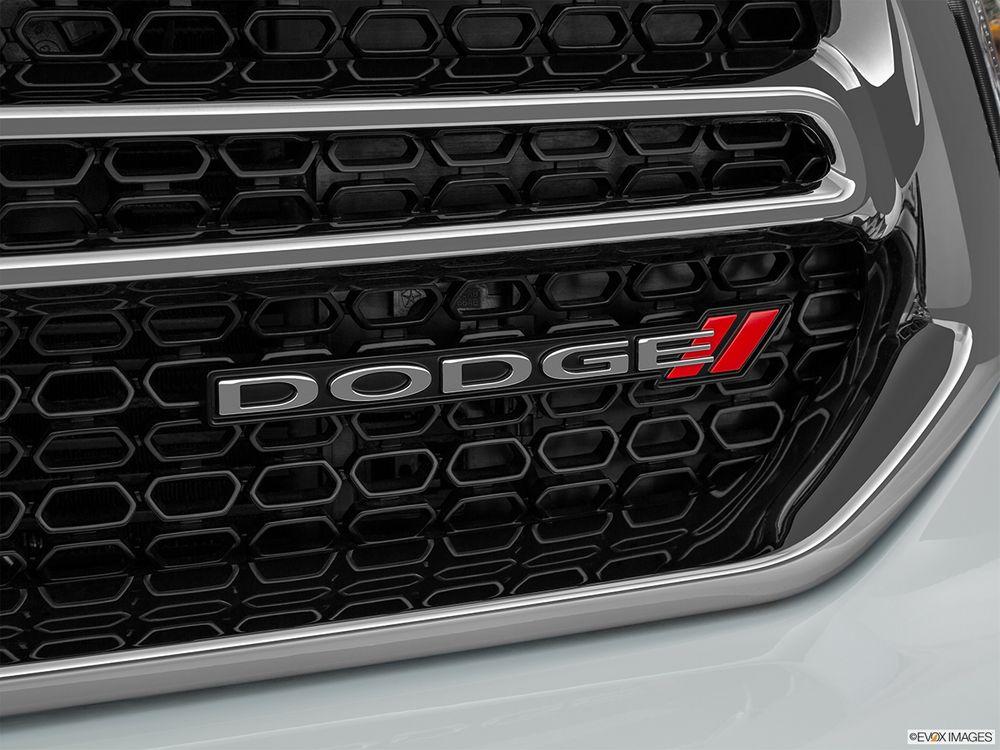 Dodge Durango 2019, Oman