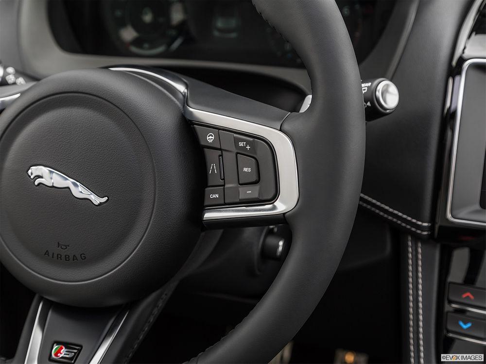 Jaguar F-Pace 2019, United Arab Emirates