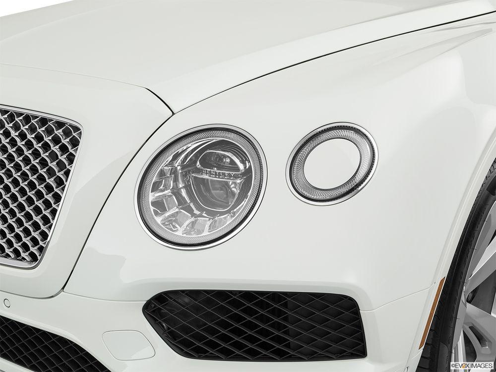 Bentley Bentayga 2019, Egypt