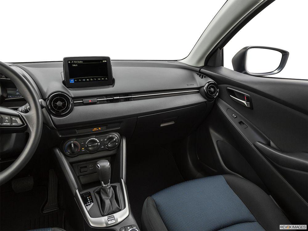Toyota Yaris 2020, United Arab Emirates