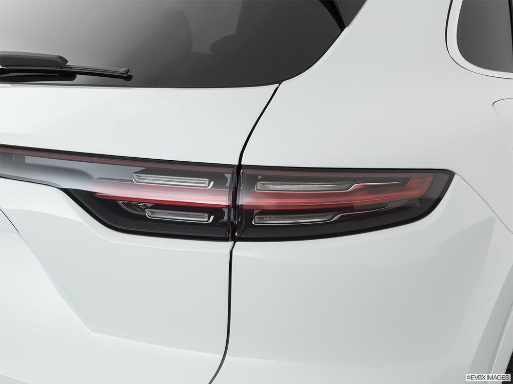 Porsche Cayenne 2020, Kuwait