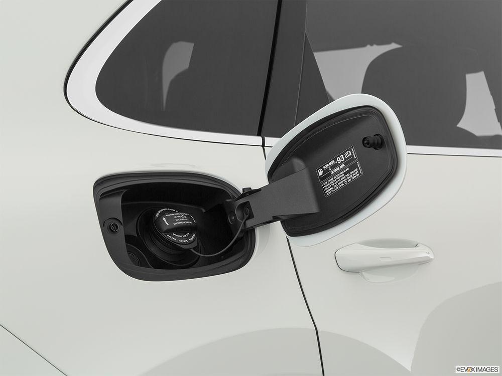 Porsche Cayenne 2020, Oman