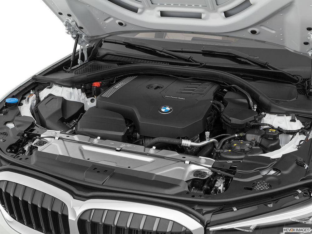 BMW 3 Series 2021, Saudi Arabia